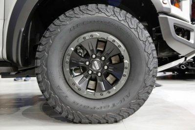 2017 Ford F 150 Raptor Supercrew Wheel Jpg
